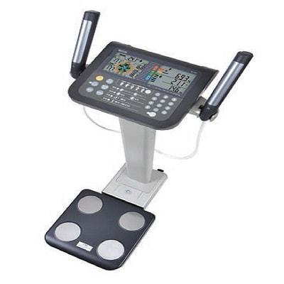 Cân sức khỏe phân tích từng phần cơ thể đa tần số Tanita MC-780MA