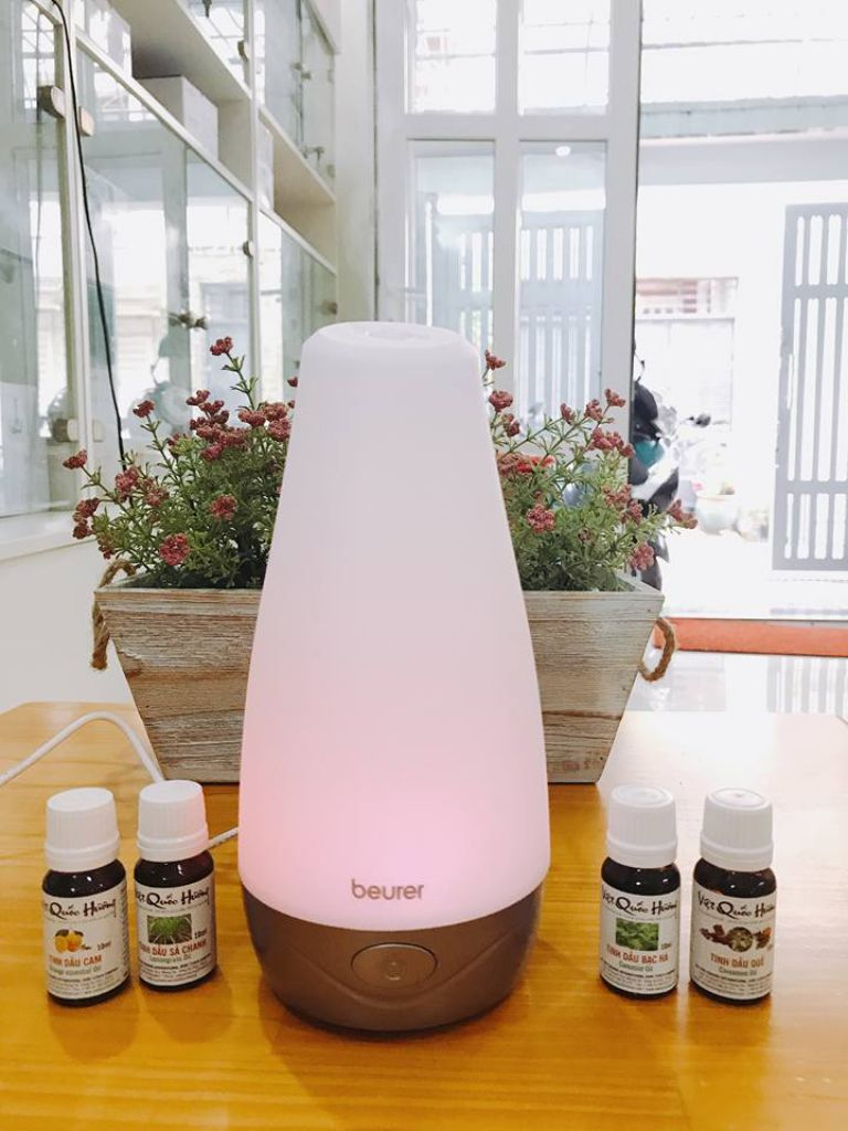 Đèn phun tinh dầu, diệt khuẩn, làm sạch không khí Beurer LA30