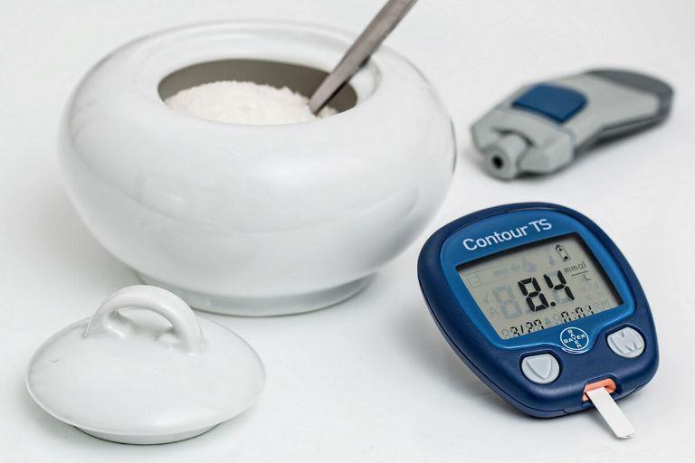 thiết bị đo tiểu đường Bayer Contour TS.