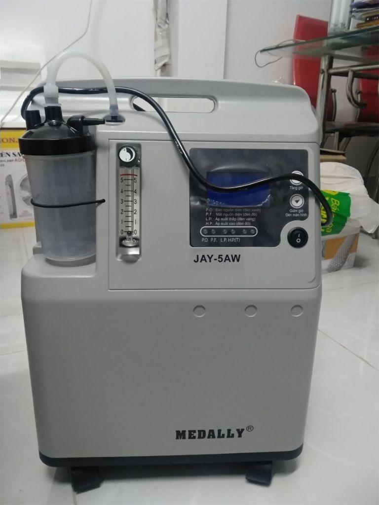 Máy tạo oxy Medally 5L