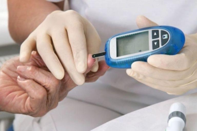 máy đo đường huyết hàn quốc
