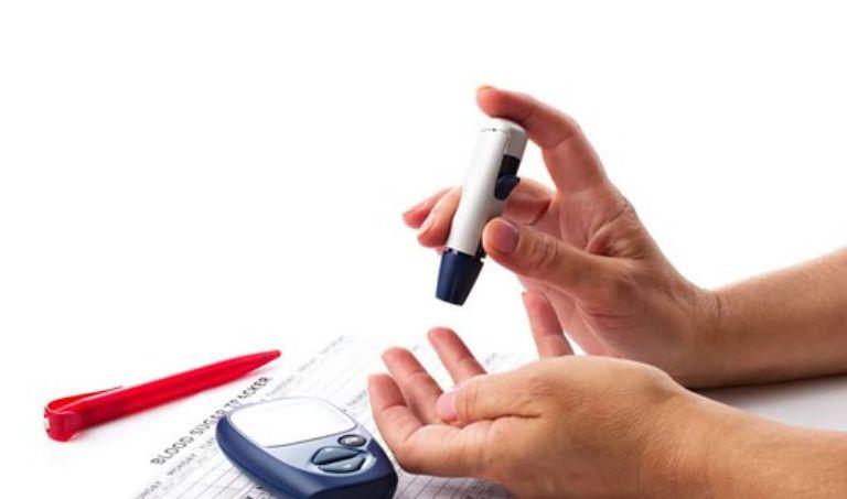 Máy đo đường huyết 3 trong 1