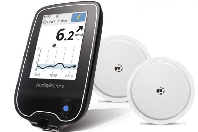 máy đo đường huyết FreeStyle Libre