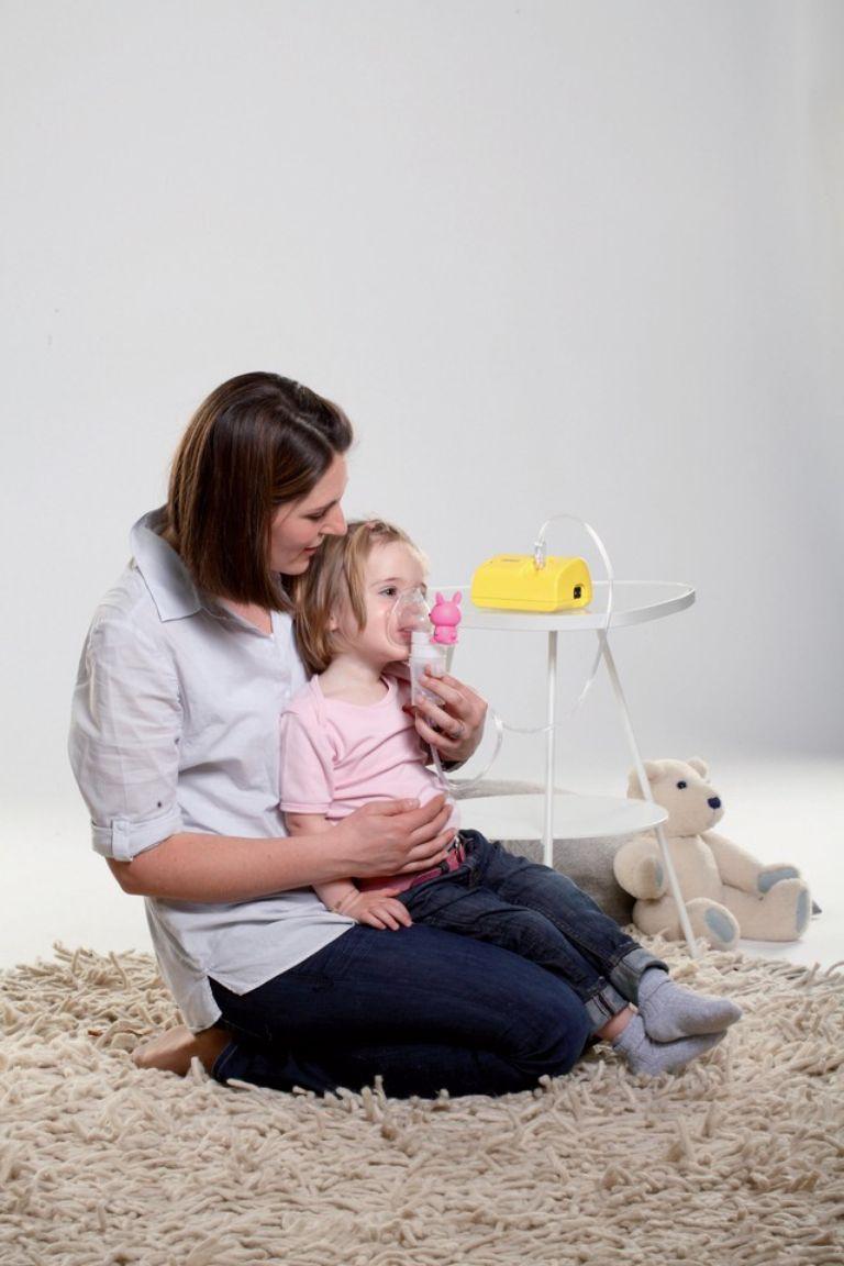 có nên dùng máy xông khí dung cho trẻ