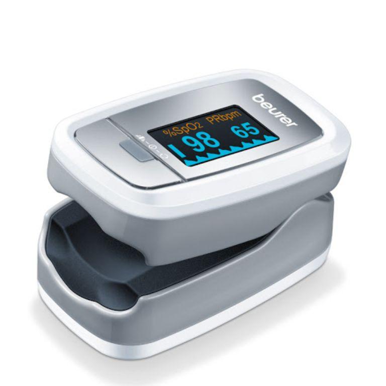 Máy đo nồng độ oxy trong máu Beurer