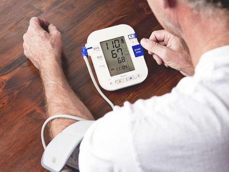 Có mấy loại máy đo huyết áp?