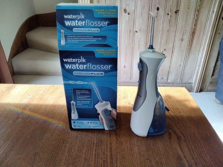 Máy tăm nước Waterpik Cordless Plus WP - 450